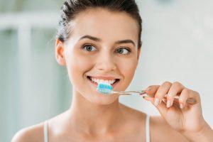 Como mantener los implantes dentales en perfecto estado